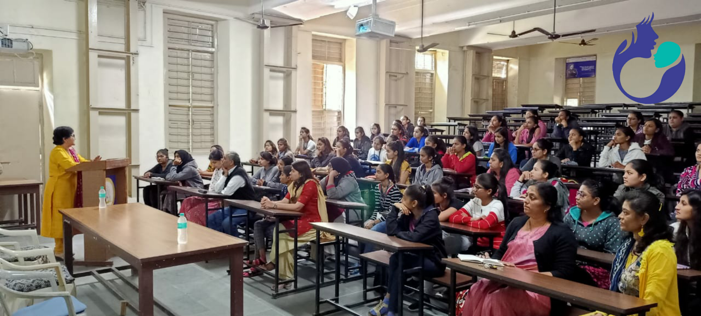 Lecture on Semen Analysis by Dr Usha at VP Patel Science College, AnandTest Tube Baby Treatment